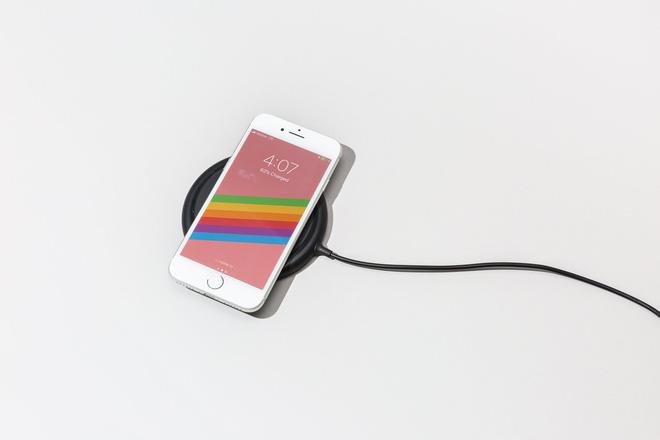 iPhone 8 có tính năng sạc không dây chắc mọi người sẽ thích
